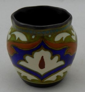 Goede GOUDA PLATEEL VAAS - Dutch Art Pottery CT-74